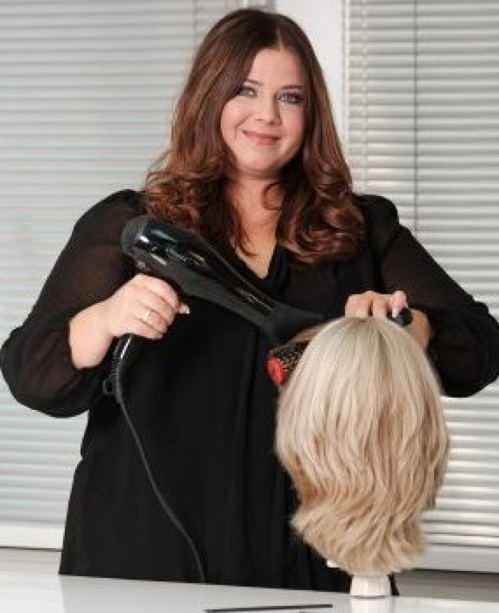 Haarspecialist van MoveHs Hairsolutions